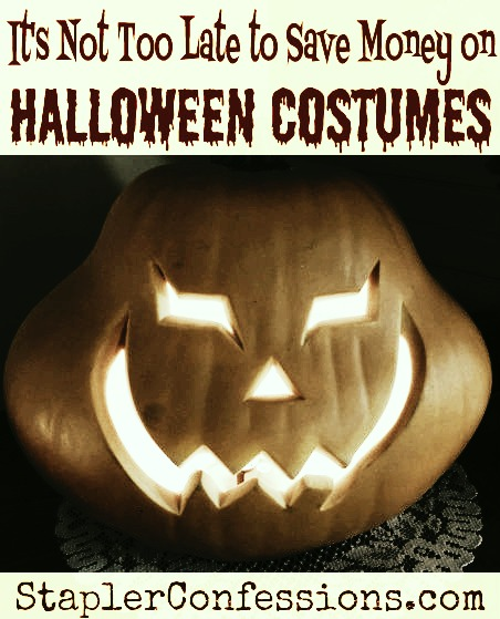 Some quick and easy ways to get Halloween costumes on the cheap!
