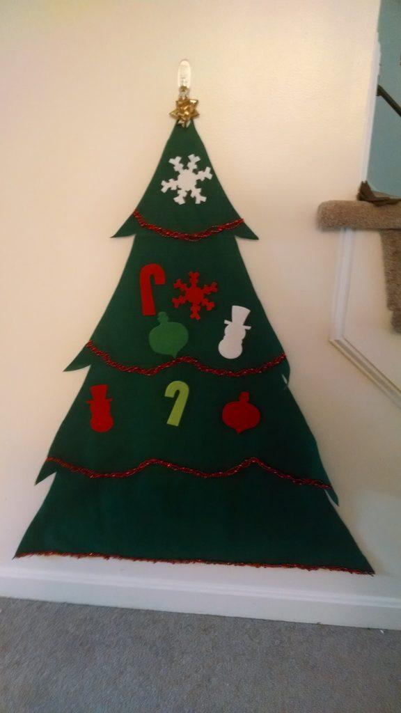 Felt christmas tree -- instant family tradition