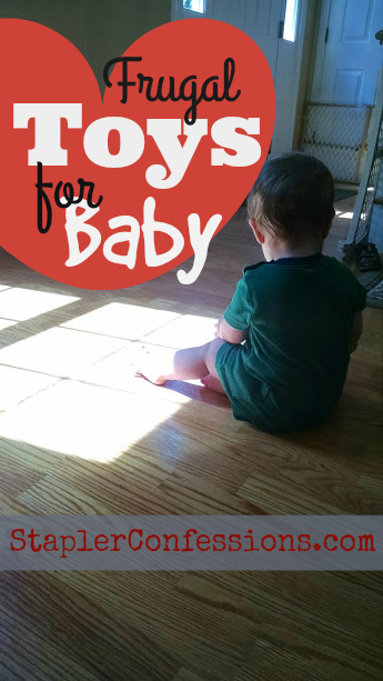Baby's favorite toy doesn't have to cost a lot. Here are 6 of my baby's very favorite inexpensive toys
