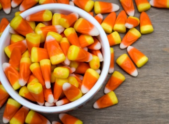 Americans will spend $2.9 bilion on Halloween candy in 2017.