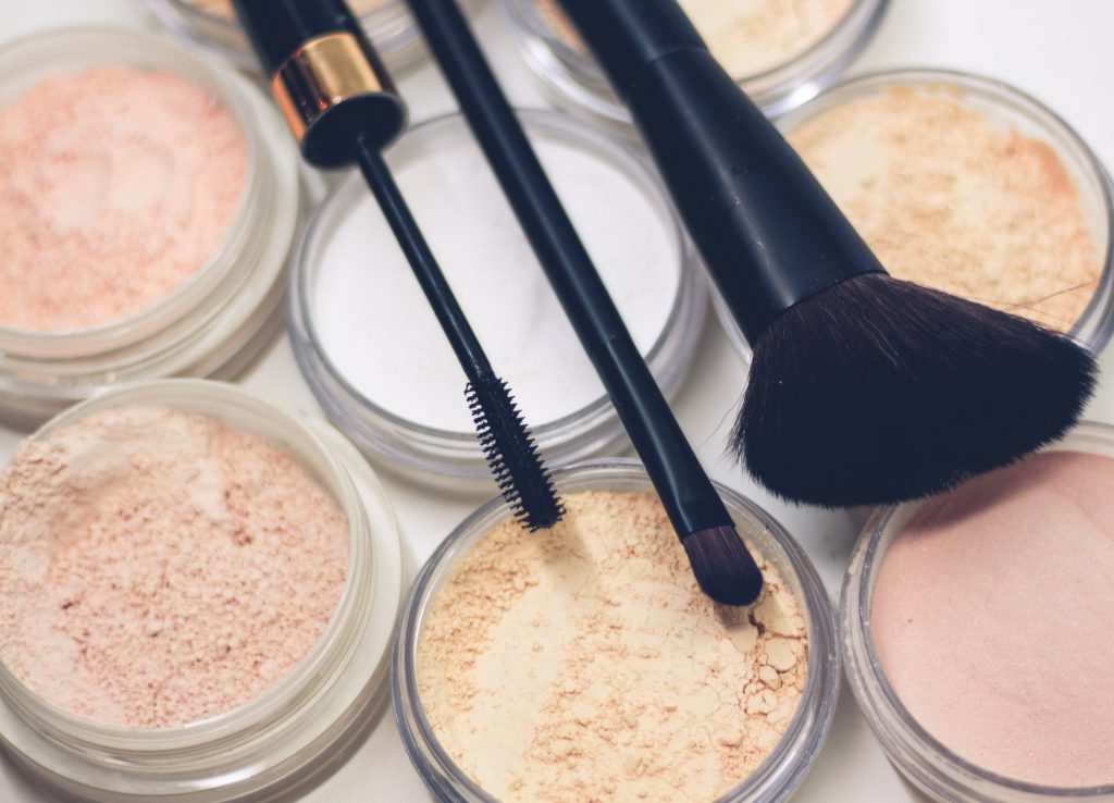 How to Make Money Selling Cosmetics